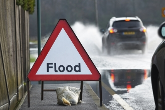 flood_roadsign